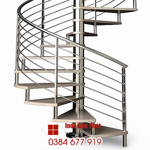 Chuyên-làm-cầu-thang-inox-ở-TPHCM